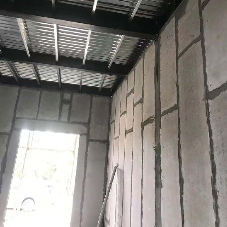 轻质隔墙板厂家直销 室内隔断墙板防水阻燃轻质隔墙板供应