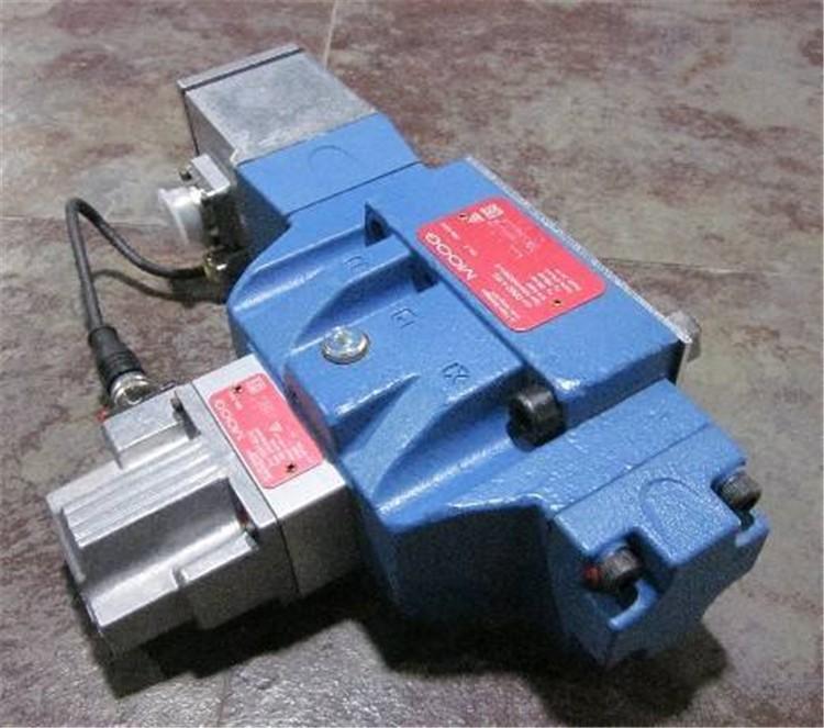 美国穆格MOOG径向柱塞泵 MOOG油泵 穆格油泵D956-2033-10