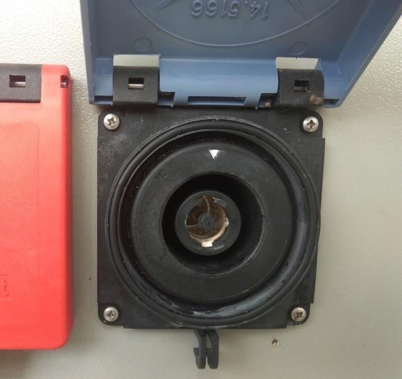 发电车快速接入插座 发电车低压应急接入箱 发电车耦合器 发电车耦合连接器 发电车连接器 MC面板插座