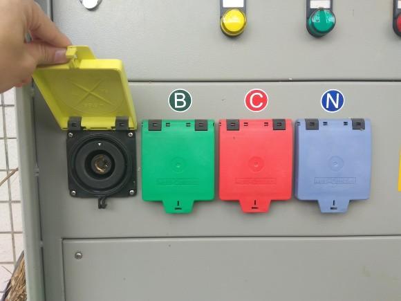 南方电网专用MC型面板插座 630A 南方电网专用 530A 南方电网专用插板 低压发电车应急插座
